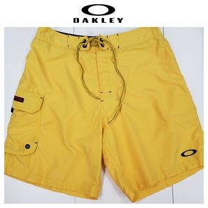 Oakley Board Shorts Size 32 Yellow - Pocket / Swim